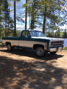 1977 GMC C-15  1/2 Ton Pickup
