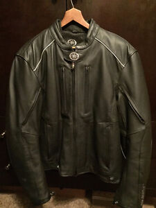 MEN'S LEATHER JACKET - NEW