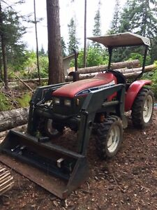 4X4 FARM TRACTOR FOR SALE