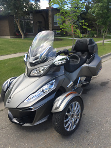 2014 Can-Am RT Spyder Limited