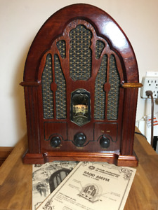 GE Vintage Cathedral Style AM/FM Radio