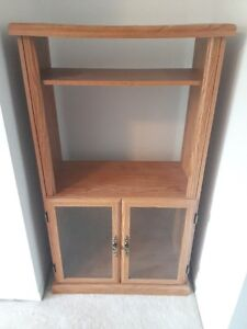 Oak cabinet ( Not solid wood)