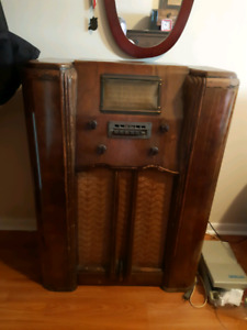 Antique radio for sale very old