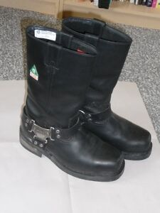 Genuine Harley Davidson Men's motorcycle boots,