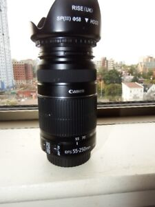 Canon Lens 55-250mm EFS Like New $160.00