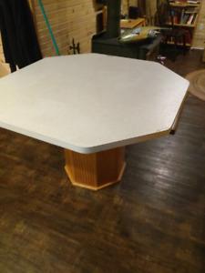 """Kitchen Table 48""""x48"""" Montague"""