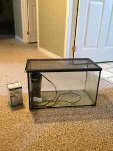 10 gallon tank,  comes with filter and lid Peterborough Peterborough Area image 3
