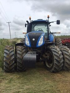 2014 New Holland T8.360 CVT Tractor London Ontario image 2