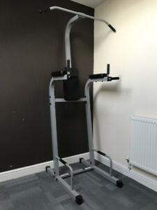 Body solid Dip pull up station
