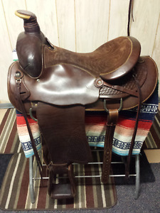 Eamor Western Ranch Saddle - Excellent Condition