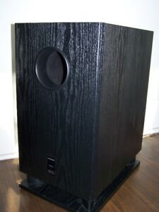ONKYO POWERED SUBWOOFER MODEL SKW-520