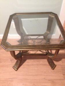 Table de salon en vitre en parfait état