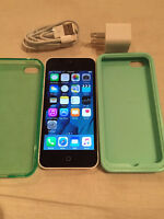 Rogers/Chatr White Iphone 5C 16GB & accessories and cases