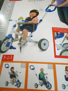 Littlw tikes ride and learn  3-1 trike