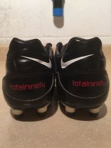 Youth Nike Total 90 Outdoor Soccer Cleats Size 4.5 Y London Ontario image 6