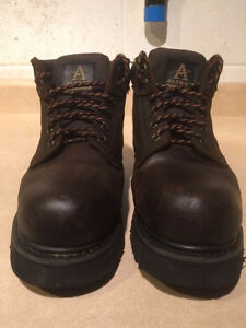 Men's Altra Industrial Steel Toe Work Boots Size 8 London Ontario image 2