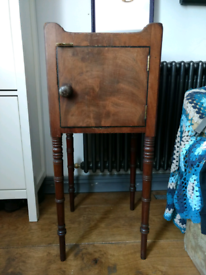 Antique Victorian Chaimber Pot Table / Bedside Table
