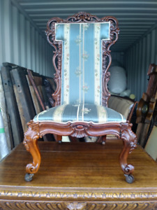 ANTIQUE HIGH VICTORIAN SILK ROSEWOOD CHAIR C.1880