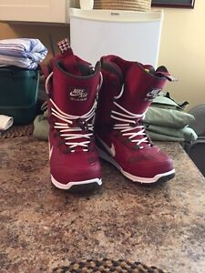 Red Nike snow boarding boots
