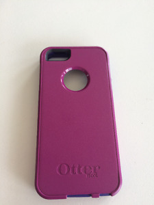 iPhone5 Otterbox Case - EUC