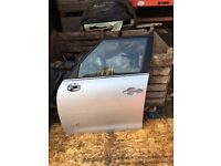 MINI R60 COUNTRYMAN PASSENGER FRONT DOOR IN SILVER