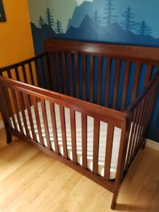 convertible crib and mattress