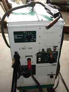 Welding Wire Feed Machine, 225 Amp, also TIG M.S. & Stainless