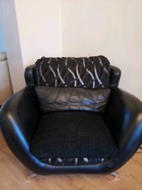 3 peice sofa suite