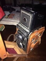Vintage Camera Yashica LM with original leather case