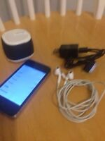 iPhone 4- FREE items with this - Rogers Network