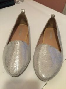 Girls size 12 sparkly shoes