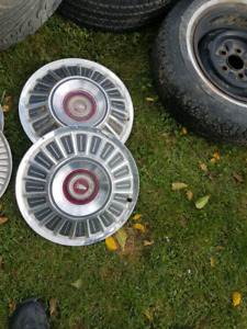 Old ford hubcaps multiple styles galaxie