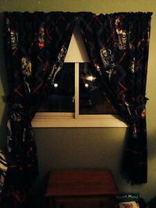 Monster High - Twin Bedding, Lamp, Curtains Peterborough Peterborough Area image 2