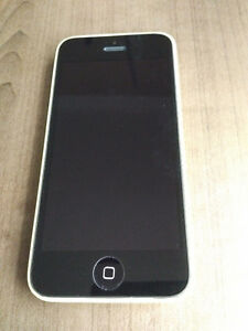 iPhone 5C - Rogers With Warranty