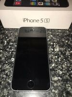 Space Grey Unlocked iPhone 5S 16GB
