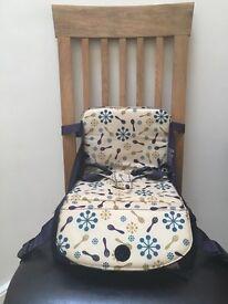 Munchkin Travel Child Booster Seat / Highchair
