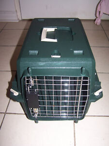 Portable Green Pet Dog Cat Travel  Kennel Tote Airplane safe