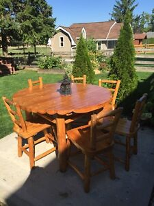 Natural wood rustic dinning table 6 chair  Stratford Kitchener Area image 7