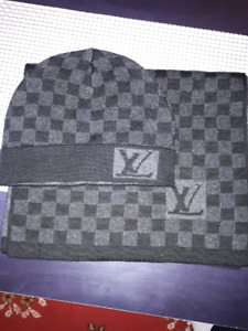 Winter hat and scarf Lv
