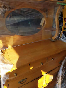 Beautiful Antique Maple Hutch with Oval Mirror