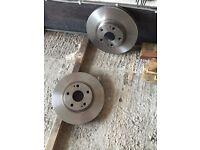 Pair of new brake discs