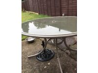 Garden table 4 reclining chairs