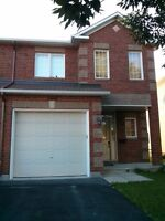 End unit 3 bdrm spacious home! Quiet Orleans neighbourhood!
