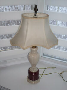 RARE Aladdin Electric Table Lamp - Ivory/Maroon Lighted Base