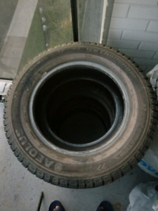 PNEUS D'HIVER /WINTER TIRES FOR SALE