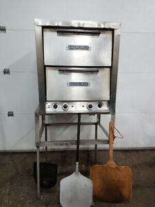 Four à pizza Baker Pride electrique 240v 1 ph
