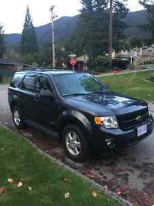 Like new 2008 Ford Escape Xlt low km North Shore Greater Vancouver Area image 3