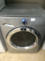 FRIGIDAIRE AFFINITY STEAM Laveuse Secheuse Frontale Washer Dryer