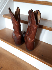 Western custom made leather boots size 10 mens.