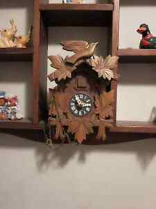 Antique German-made Cuckoo Clock Cambridge Kitchener Area image 2